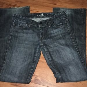 7 for all mankind sz. 25 the Lexie petite jeans